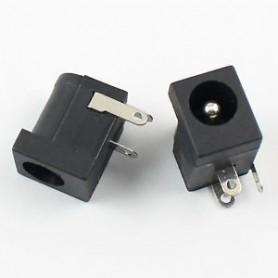 Conector Mama PCB 5.5x2.1, 3 pini